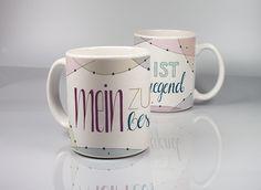 Motiv handgemalt, digital koloriert und beständig auf Porzellan gebrannt. http://www.keramiklich.de/shop.html#!/Tasse-Mein-Zustand-ist-besäufniserregned/p/73007045/category=18670093