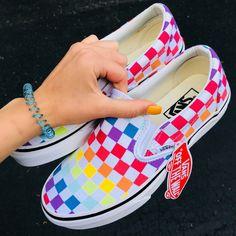 Rainbow checkered vans rainbow vans, types of shoes, van shoes, shoes heels, Vans Sneakers, Sneakers Fashion, Vans Shoes Outfit, Shoes Heels, Adidas Shoes, Fashion Shoes, Fashion Tips, Air Max Thea Beige, Basket Espadrille