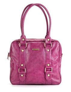 Mama-to-be will be utterly grateful with this stylish @timeandleslie diaper bag!