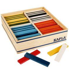 Des planchettes colorées pouvant se connecter aux planchettes Kapla pour construire à l'infini.