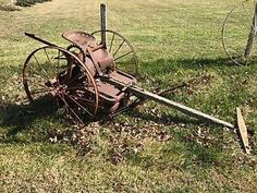 Old Horse Drawn Stalk Cutter Farm Equipment Antique Antique Tractors, Old Tractors, Abandoned Cars, Abandoned Vehicles, Farm Images, Tractor Attachments, Old Farm Equipment, Antique Tools, Down On The Farm