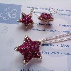2014/049 - parure pendentif + chaine + boucle d'oreille - style etoile 3d - tissage peyote - perle en rose magenta et argenté - apprets