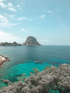 Ibiza isn't just about nightclubs. Here's a mini guide to the different side of Ibiza and the best places to visit on the island. Cool Places To Visit, Great Places, Ibiza Town, Inclusive Holidays, Ibiza Spain, Lost City, Beach Fun, Days Out, Back In The Day