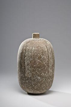 Claude Conover, Caanil Stoneware Vase
