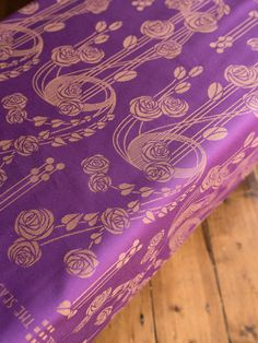 Margeau Alba art nouveau baby wrap woven from organic combed cotton and Scottish linen in Scotland by Oscha Slings.