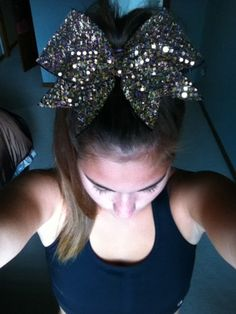 Give me your bow Cheerleading Bows, Cheer Stunts, Cheer Coaches, Cheer Dance, Cute Cheer Bows, High School Cheer, Cheer Outfits, Cheer Quotes, Diy Bow