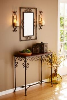 Entry way decor. Great for small space. Iron Furniture, Console Furniture, Iron Art, Diy Home Decor, Floor Vase Decor, Wrought Iron Decor, Wrought Iron Console Table, Decoration, Iron Table