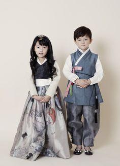 #한복 Hanbok : Korean traditional clothes[dress] | #ModernHanbok#child