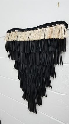 Fiona Collis woven maro Flax Weaving, Weaving Art, Weaving Patterns, Basket Weaving, Hand Weaving, Maori Designs, Flax Flowers, Maori People, Nz Art