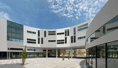 Galería de Uptown / Stanley Saitowitz | Natoma Architects - 5
