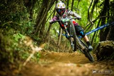 Freeride Mountain Bike, Freeride Mtb, Mountain Biking, Pictures Of People, Cool Pictures, Cool Photos, Mtb Bike, Bicycle, Paint Bike