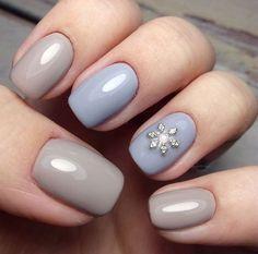 cute nail art. pretty winter nail design. Christmas festive holidays nails