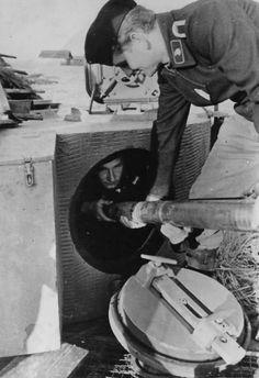 Loading ammo to a Tiger I