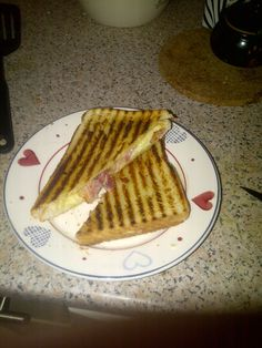 mmmmmmm grilled cheese and bacon, from my new griddle pan