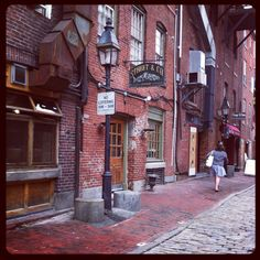 Street & Co. is one of the most popular seafood restaurants in Portland, Maine, located on Wharf Street in the Old Port. New England Travel, Old Port, Portland Maine, Great Restaurants, New Hampshire, Places To Go, Beautiful Places, Old Things, Around The Worlds