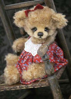 Three O'Clock Bears: Peggy...a new bear available