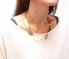 Scallop Collar Necklace