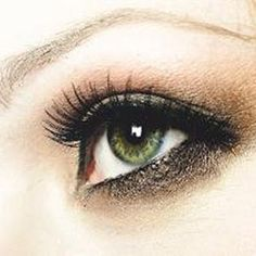 Gorgeous makeup for green or hazel eyes...my eyes look more green but that's b/c hazel has green...