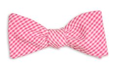 LOVE the idea of mismatched bowties for our groomsmen. Here's a favorite from #HighCotton: Raspberry Seersucker Gingham Bow Tie