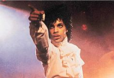 Prince! i would die 4 u in purple rain...god do i love that movie...gonna have to watch it tomorrow now
