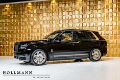 Rolls-Royce Cullinan - Hollmann - Luxury Pulse Cars - Germany - For sale on LuxuryPulse. Small Luxury Cars, Luxury Suv, Luxury Yachts, Classic Cars British, Old Classic Cars, Rolls Royce Black, Vintage Rolls Royce, Rolls Royce Cullinan, Tonneau Cover