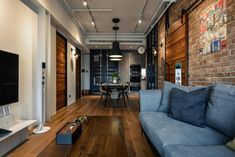 Interior Design For Living Room Fresco, Design Loft, Loft Style, Wood Beams, Interiores Design, Interior Design Living Room, Couch, Furniture, Home Decor
