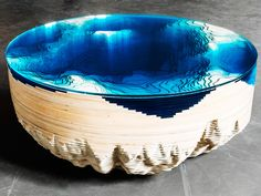 The surface of the Abyss Horizon table looks like a bathymetric map of the ocean floor, rendered in 3-D