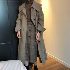 Modest Fashion, Hijab Fashion, Korean Fashion, Fashion Dresses, Cute Casual Outfits, Fall Outfits, Look Office, Looks Dark, Vintage Outfits