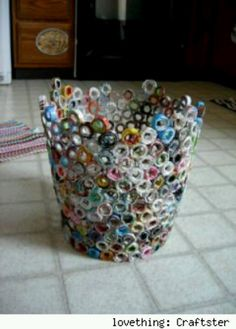 Recycled magazine trash can. Recycled magazine trash can. Recycled magazine trash can. Recycled Magazines, Old Magazines, Recycled Crafts, Recycled Materials, Recycled Jewelry, Fun Crafts, Diy And Crafts, Arts And Crafts, Paper Crafts