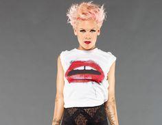 P!nk P!nk: Uma artista completa e embaixadora da UNICEF http://www.resenhando.com/2015/11/pnk-uma-artista-completa-e-embaixadora.html #Pink #Cantora #Artista #Unicef #Embaixadora #Música #TrabalhoHumanitário #Cultura #Resenhando #SiteResenhando