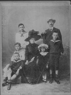 Svoronos, Ioannis Nikolaos (1863-1922), keeper of the Numismatic Museum of Athens (1890-1922), 5 February 1911 with his family (picture transmitted by Alexis Hadjimichalis, his great-grandson and grandson of Aristaios)