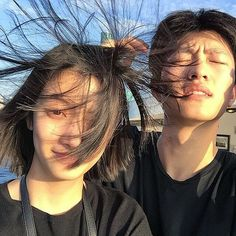 Goofy Couples, Cute Couples Photos, Funny Couples, Cute Couples Goals, Couple Goals, Korean Best Friends, Boy And Girl Best Friends, Mode Ulzzang, Ulzzang Girl