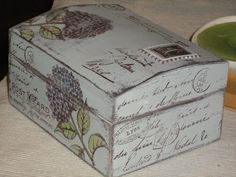 Un rincón de mi: TECNICA DE LA VELA Decoupage Box, Decoupage Vintage, Painted Boxes, Wooden Boxes, Altered Cigar Boxes, Pretty Box, Dose, Box Art, Painting On Wood