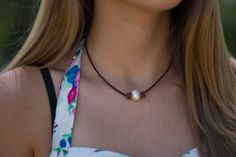 Hey, I found this really awesome Etsy listing at https://www.etsy.com/listing/232623779/pearl-on-leather-pearl-choker-single