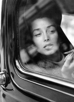 hazor:  Dorian Leigh photographed by her sister Suzy Parker, Vogue, August 1, 1954