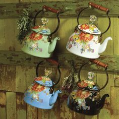 mackenzie childs tea kettle. i'll take one in green.