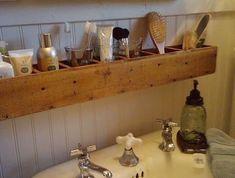 DIY Mason Jar Storage - Pallet Wood Bathroom Storage - Click Pic for 44 Easy Organization Ideas for the Home Clever Bathroom Storage, Storage Mirror, Diy Storage, Storage Shelves, Bathroom Shelves, Storage Ideas, Creative Storage, Wood Storage, Bathroom Cabinets