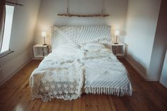 BLANKET - medium - vintage white via TIPIYEAH. Click on the image to see more!