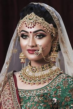 Unbelievable Tips Can Change Your Life: Beaded Bridal Jewelry beaded jewelry wedding. Asian Bridal Makeup, Bridal Makeup Looks, Indian Makeup, Bridal Looks, Bridal Make Up, Indian Beauty, Bridal Style, Pakistani Bridal Makeup, Bridal Beauty