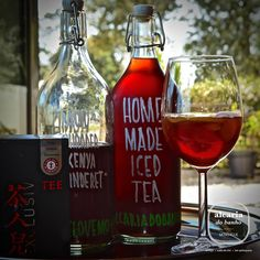 We proudly present our home made iced teas! Served with #love, #PaulSchrader #tea KenyaTinderet, slices of lemon and lots of ice cubes! #cheers #artisanal #nochemicals #natural #foodies #startup #algarve #WeLoveMonchique #AlcariaDoBanho #igersportugal