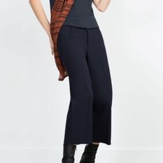 Zara Cropped Straight Trousers Size Small Color Navy. brand new with tags. Cropped Zara Pants Ankle & Cropped