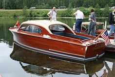 Cuddy Cabin Boat, Wooden Speed Boats, Chris Craft Boats, Classic Wooden Boats, Wooden Boat Plans, Float Your Boat, Cool Boats, Power Boats, How To Antique Wood