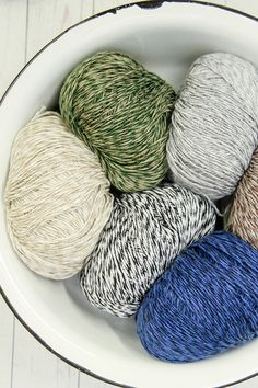 Juniper Moon Farm Zooey Twist adds a 'twist' to their popular Zooey yarn by adding a second color for a marled look. Crochet Gifts, Knit Crochet, Yarn Braids, Yarn Cake, Yarn Stash, Yarns, Twine, Crafting, Felt