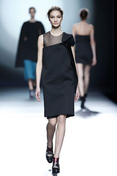 Amaya Arzuaga * Otoño-Invierno 2015/2016 * Mercedes Benz Fashion Week Madrid