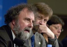 Nations should be considering the potential impact of temperature rises of much as 4°C (7.2 Fahrenheit), said Robert Watson, former head of the U.N. Intergovernmental Panel on Climate Change. T: 2°C, IPCC