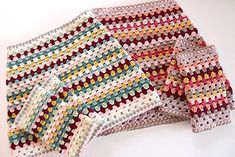 Granny Keep Warm Set Crochet pattern by Sandra Paul Crochet 101, Crochet Crafts, Crochet Hooks, Christmas Knitting Patterns, Crochet Patterns, Crochet Afghans, Crochet Skirts, Crochet Clothes, Universal Yarn