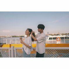Hanniefu Relationship Goals Pictures, Couple Relationship, Cute Relationships, Siblings Goals, Cute Couples Goals, Couple Goals, Couple Posing, Couple Shoot, Korean Couple Photoshoot