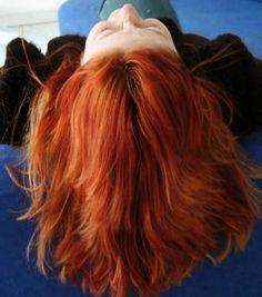 Se você sempre fica confuso ao escutar: 'use o produto certo para o seu tipo de cabelo', pois nunca sabe se está certo ou não? Fique sabendo que você não é o único. Saber reconhecer o tipo do seu fio é muito importante para a saúde das suas madeixas. - Veja mais em: http://www.maisequilibrio.com.br/beleza/tipos-de-cabelo-saiba-identificar-o-seu-6-1-5-459.html?pinterest-mat
