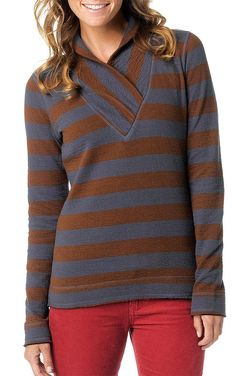 A shawl collar adds a unique touch to the prAna Ivona Top, a 100% organic cotton midweight cardigan. #FairTrade