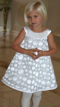 Isabel Garretón Grey Dots Flower Girl Dress - The Knot White Flower Girl Dresses, Little Girl Dresses, Girls Dresses, Girls Party Dress, Baby Dress, Young Fashion, Kids Fashion, Girls Special Occasion Dresses, Dress Patterns